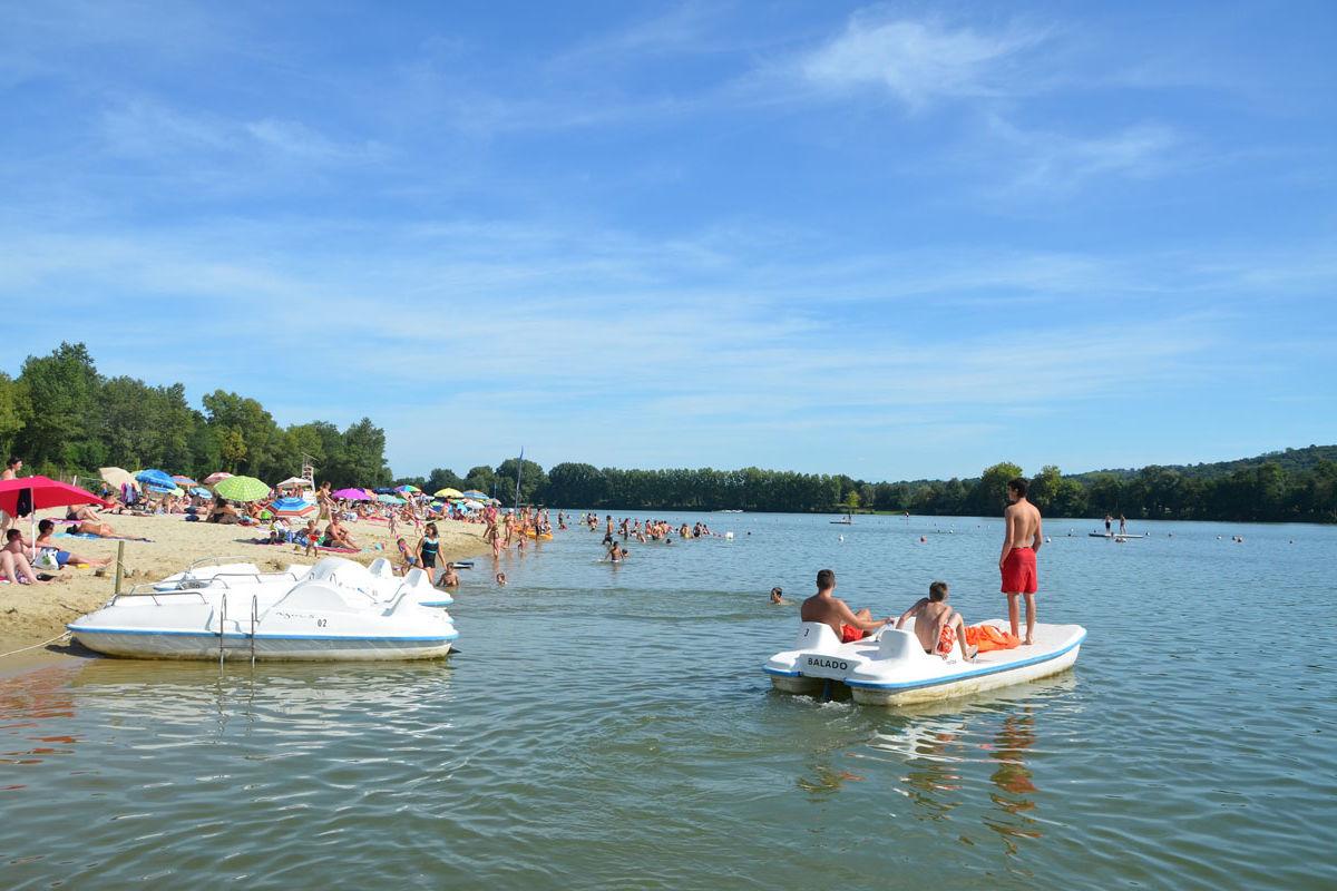 Pédalos - Base de loisirs d'Orthez-Biron