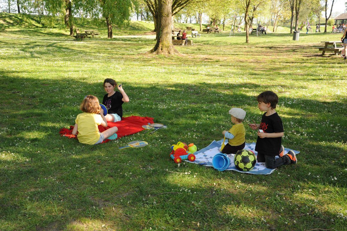 En famille à la base de loisirs d'Orthez Biron