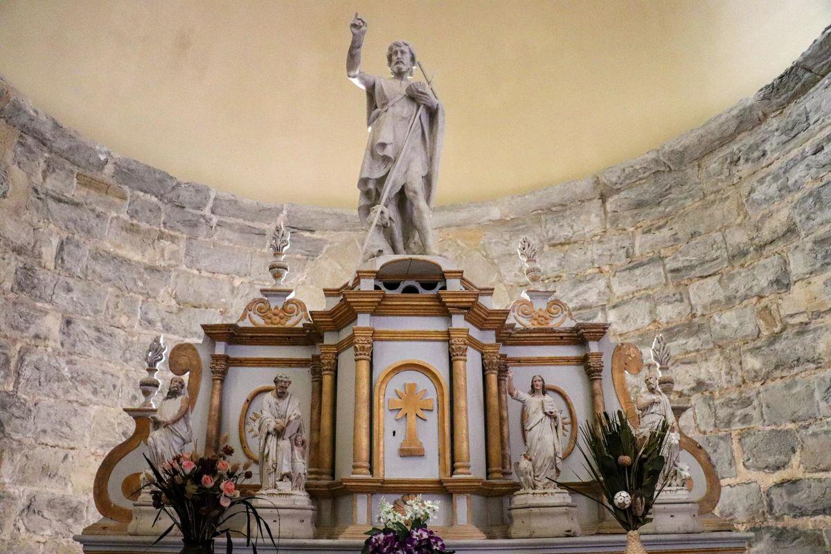 Retable de l'église de l'abbaye de Sauvelade