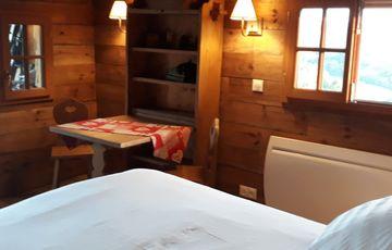 La cabane du berger, hébergement insolite pour vos vacances à Ozenx Montestrucq en Béarn proche d'Orthez