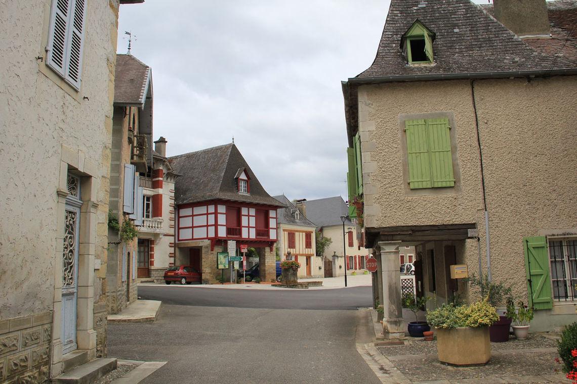 Bourg de Lucq-de-Béarn