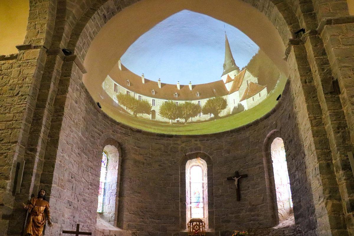 Spectacle son et lumières sur les voûtes de l'église de Sauvelade