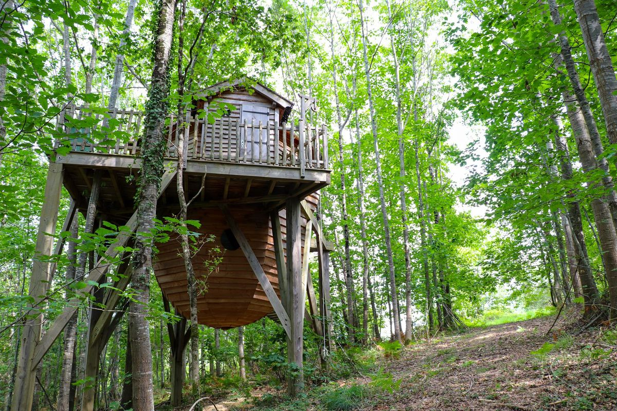 Cabane perchée aux Nids du Béarn à Loubieng