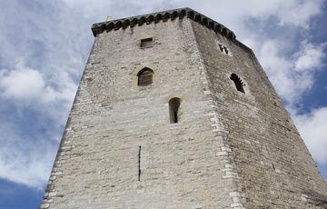 Donjon du Château Moncade à Orthez