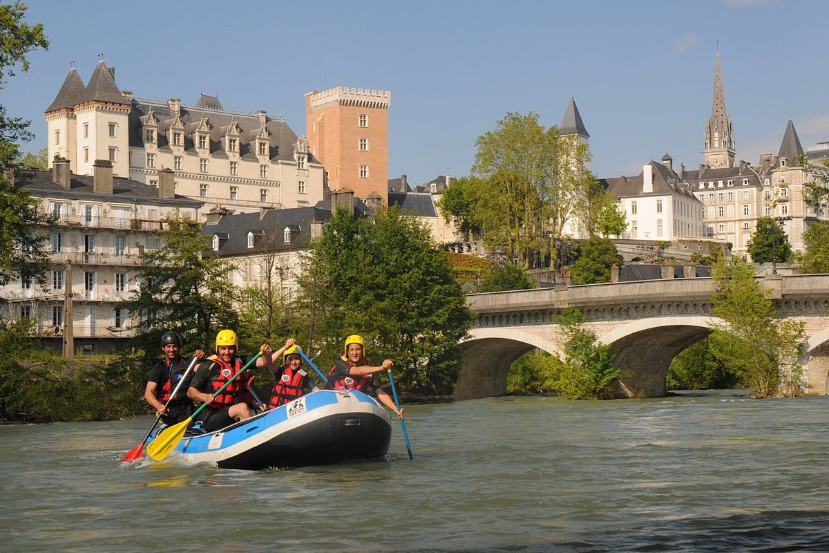 Rafting on the Gave in Pau