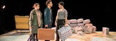 Théâtre : Le garçon à la valise - MONEIN