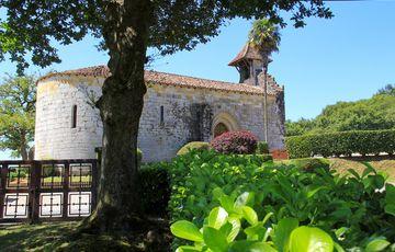La chapelle de Caubin vue depuis le parc