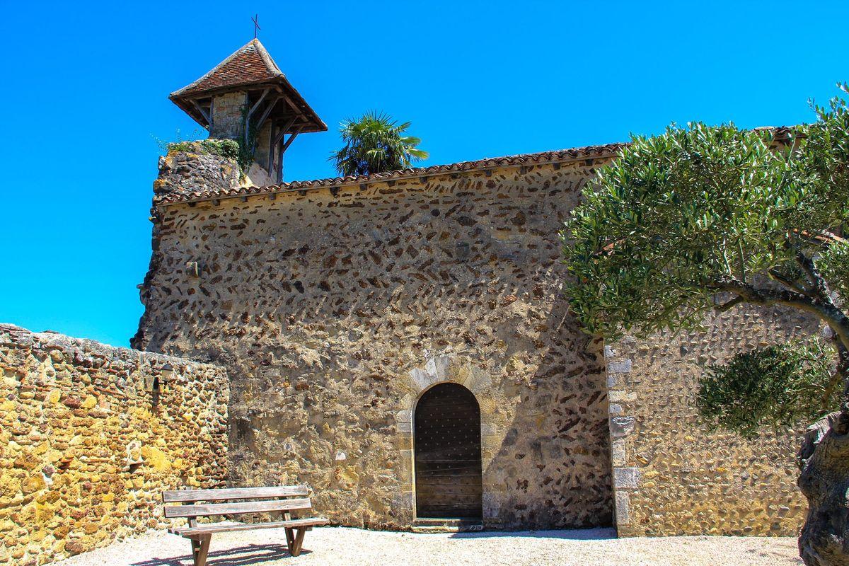 Chapelle de Caubin à Arthez de Béarn et son style rom