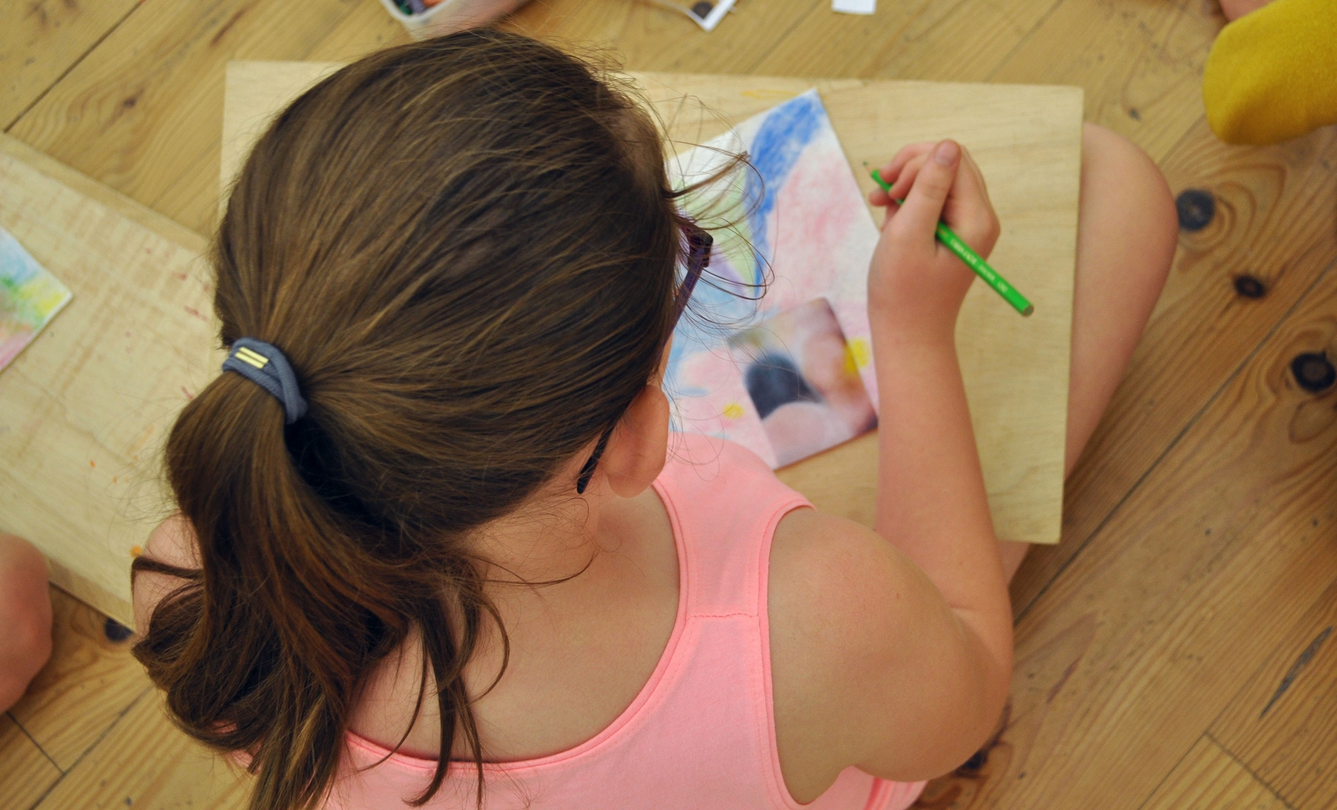 Atelier de pratique artistique autour du travail de Léa Belooussovitch - ORTHEZ