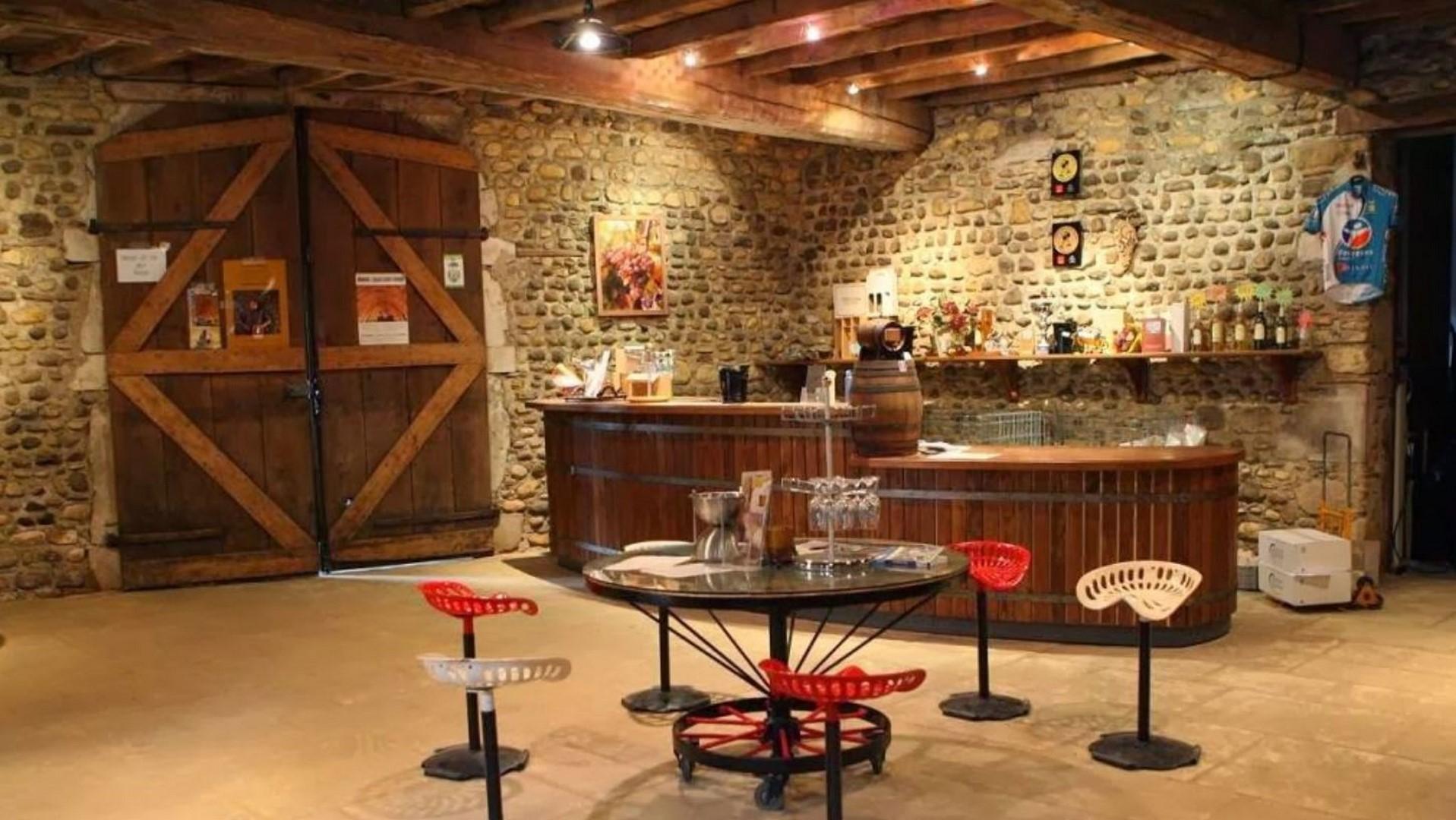 Visite et dégustation accord mets et vins : Domaine Castéra - MONEIN