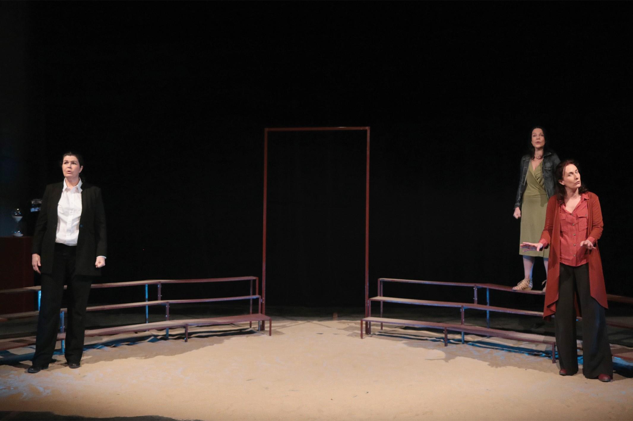 Théâtre : Antigone à corps perdus - ORTHEZ