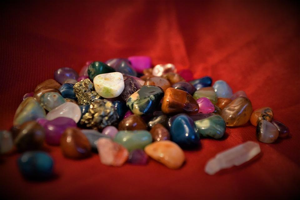 Atelier: Splendides Minéraux ! - MOURENX