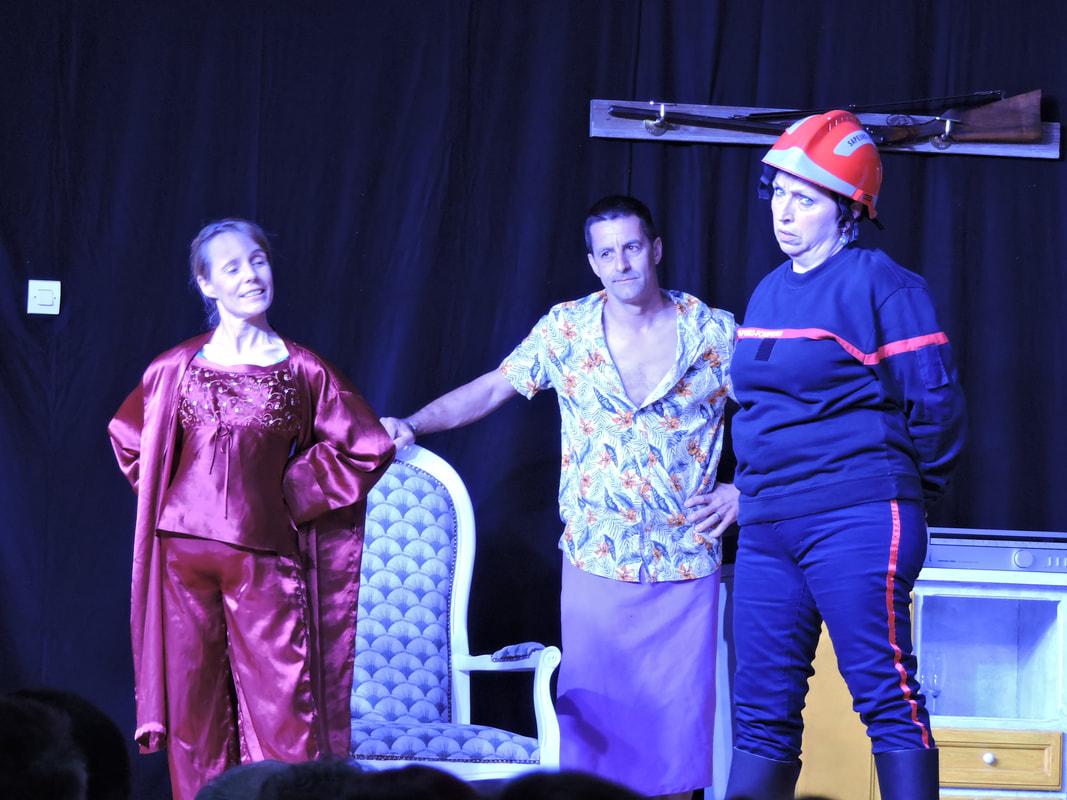 Théâtre : Tout baigne - LUCQ-DE-BEARN