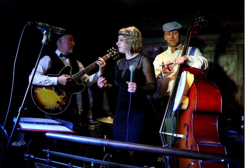 Terrasses en scène : Concert Swing en Bulles - MOURENX